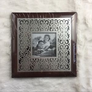 """3"""" x 3"""" picture in a 8"""" x 8"""" Frame Brown Silver"""